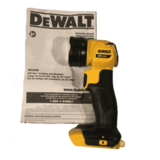 Фонарь DEWALT DCL040 20V MAX*